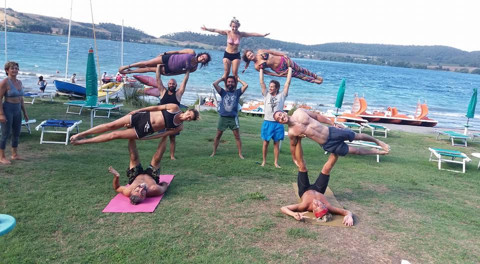 lezioni di acro yoga roma
